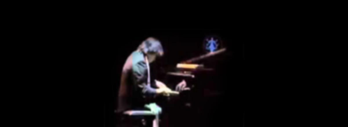 DWIKI DHARMAWAN PIANO-KACAPI Duo live at Teatro Goldoni, Venezia_slide